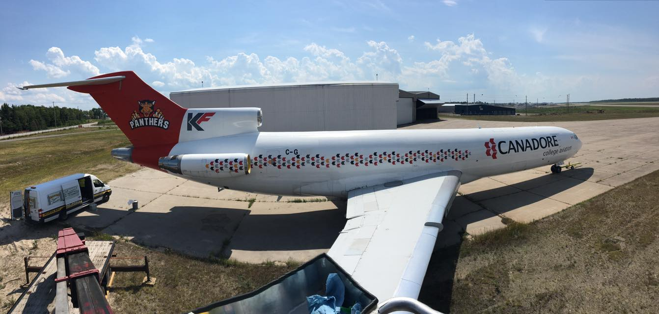 Boeing 727 Airplane Wrap - Gateway Signs and Graphics